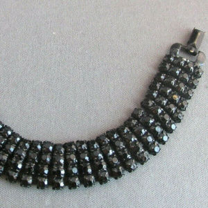 Vintage Weiss black wide rhinestone bracelet